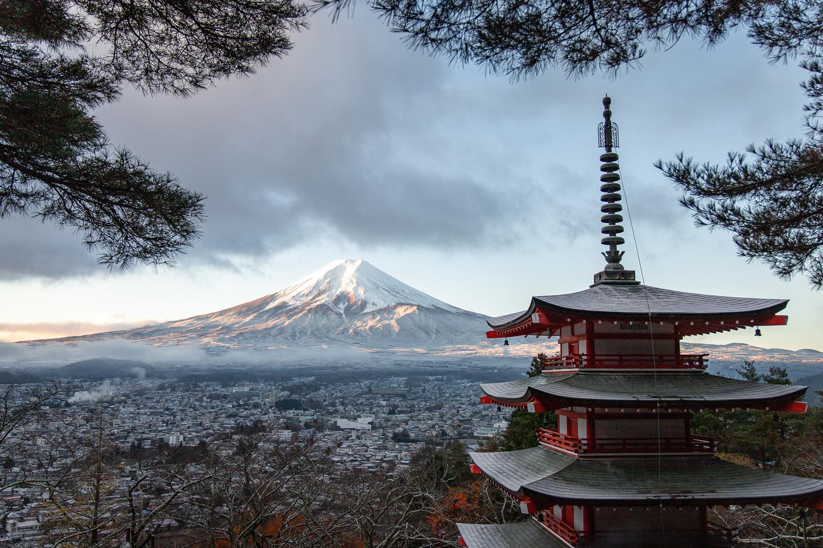 _japan-3408354
